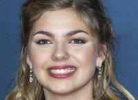 "Louane sort son premier album, ""Chambre 12"""
