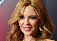 Kylie Minogue invite Iggy Pop et sa soeur Dannii sur son album de Noël