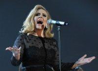 """Adele : """"25"""" bat le record de ventes en une semaine aux Etats-Unis"""